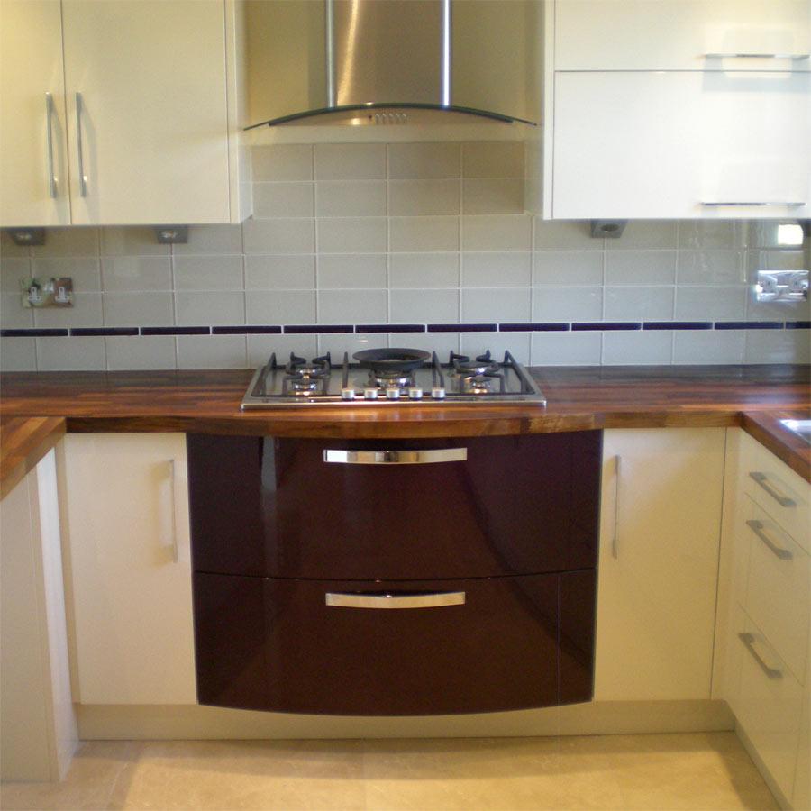Lymington kitchen fitter and installer